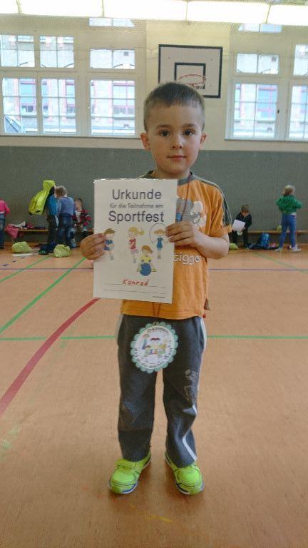 Theater Kita Dresden FunkeldunkelLichtgedicht  AG Sportspiele